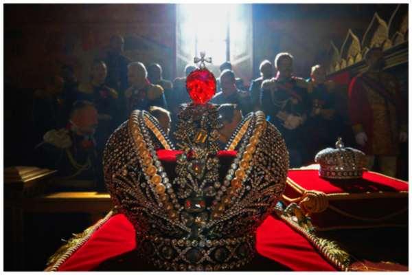 Фавориты-любовники русских Императриц, Корона Российской Империи